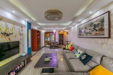 华润凤凰城三期  3室2厅1卫    118.0万