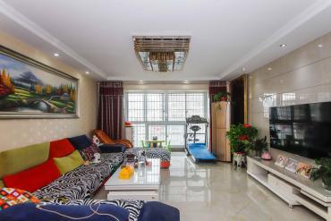 金星路 二號線地鐵口 瑪依拉山莊 精裝溫馨3房 誠意出售