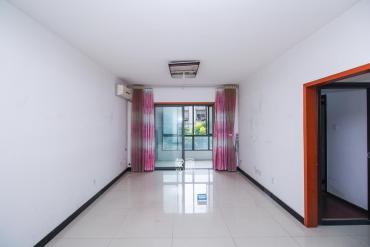 上海城小区  3室2厅2卫    108.0万