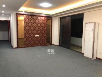 五江天街  4室2厅2卫    3000.0元/月