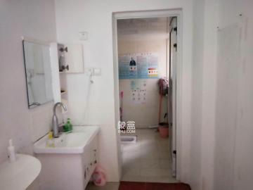 诚兴园  4室2厅2卫    3200.0元/月