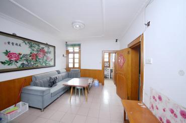 中心醫院宿舍  1室1廳1衛    40.0萬