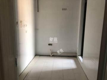 福星惠誉国际城一期  2室2厅1卫    3200.0元/月