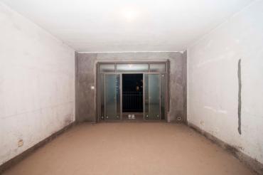 **度江景房**50米遠,保利對面毛坯三室,有鑰匙隨時看