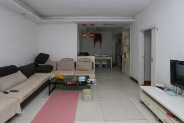 枫树园  3室2厅2卫    124.8万