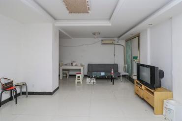 谋房博客(博客天街)  3室2厅1卫    101.0万