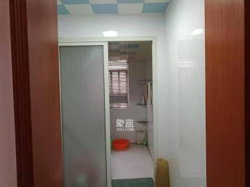 碧玉花园  3室2厅2卫    2000.0元/月
