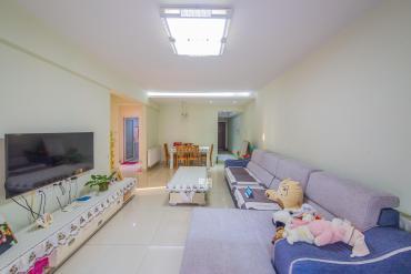 鳳凰城二期居家精裝采光好南北通透有鑰匙隨時看房拎包入住
