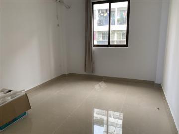 富南公寓  3室2厅2卫    138.0万