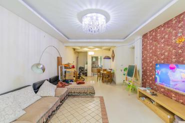 東城名苑  3室2廳2衛    86.8萬