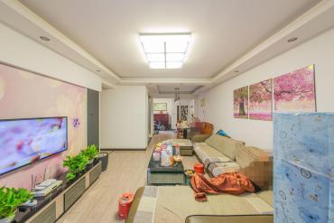 筑夢佳園 正規三房兩衛 居家精裝 近地鐵 9成新 拎包入住