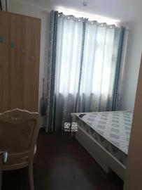 万科里金域国际  4室2厅2卫    4500.0元/月