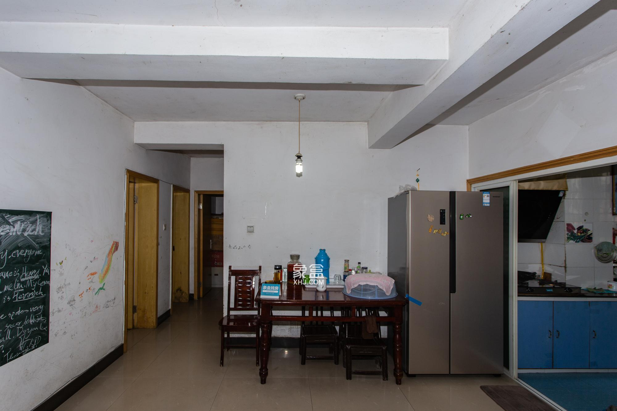 觀沙嶺居家三房 純板樓公攤小 南北通透采光好 小區里有學校