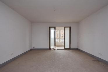 第六都(陆都小区)  4室2厅2卫    355.0万