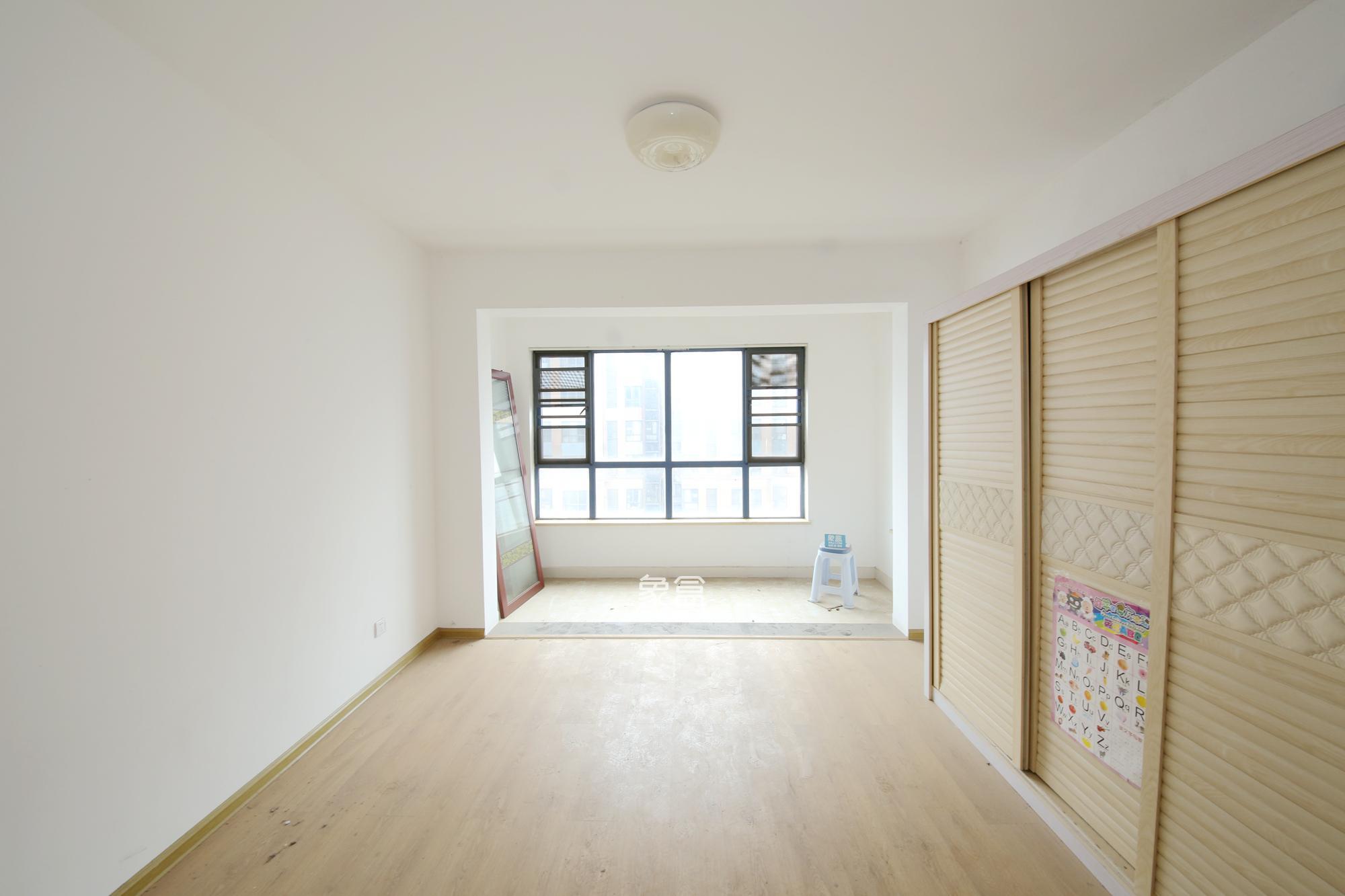 天平公寓(芙蓉区高级人民法院老宿舍)  3室2厅1卫    ...
