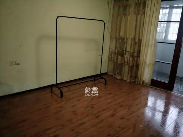 玛依拉山庄  3室2厅1卫    3000.0元/月