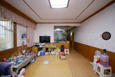 省農辦火星宿舍  4室2廳1衛    2400.0元/月