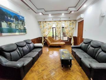 高級人才公寓  5室2廳1衛    2800.0元/月
