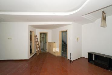 仁和家園  4室2廳2衛    88.0萬