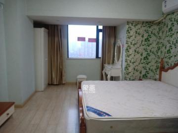 五江天街  1室1厅1卫    1600.0元/月