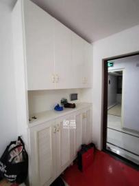 精裝2房2廳,環境舒適,拎包入住