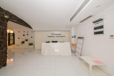 湘江世纪城富湾国际  4室2厅2卫    400.0万