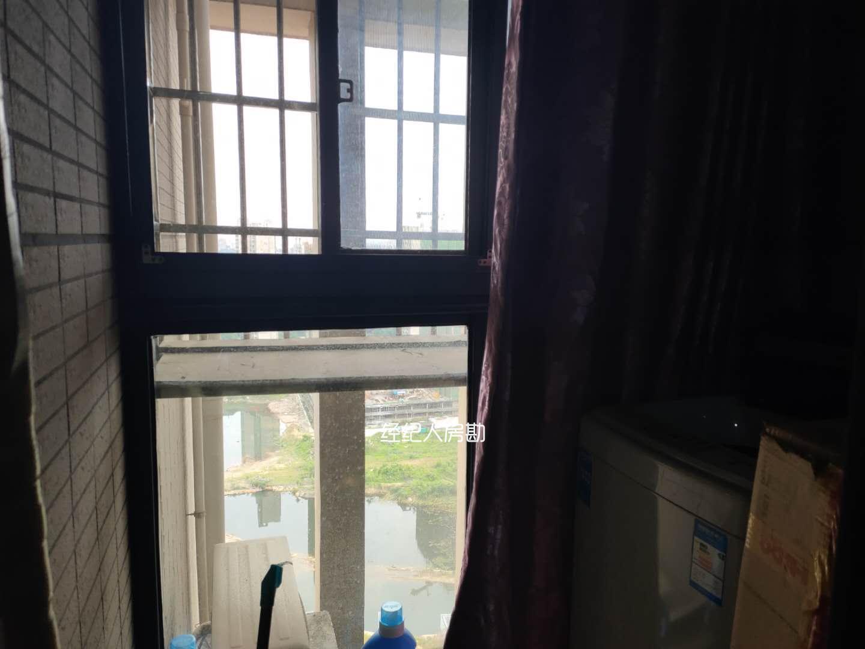 藏珑湖上国际花园  1室1厅1卫    53.0万