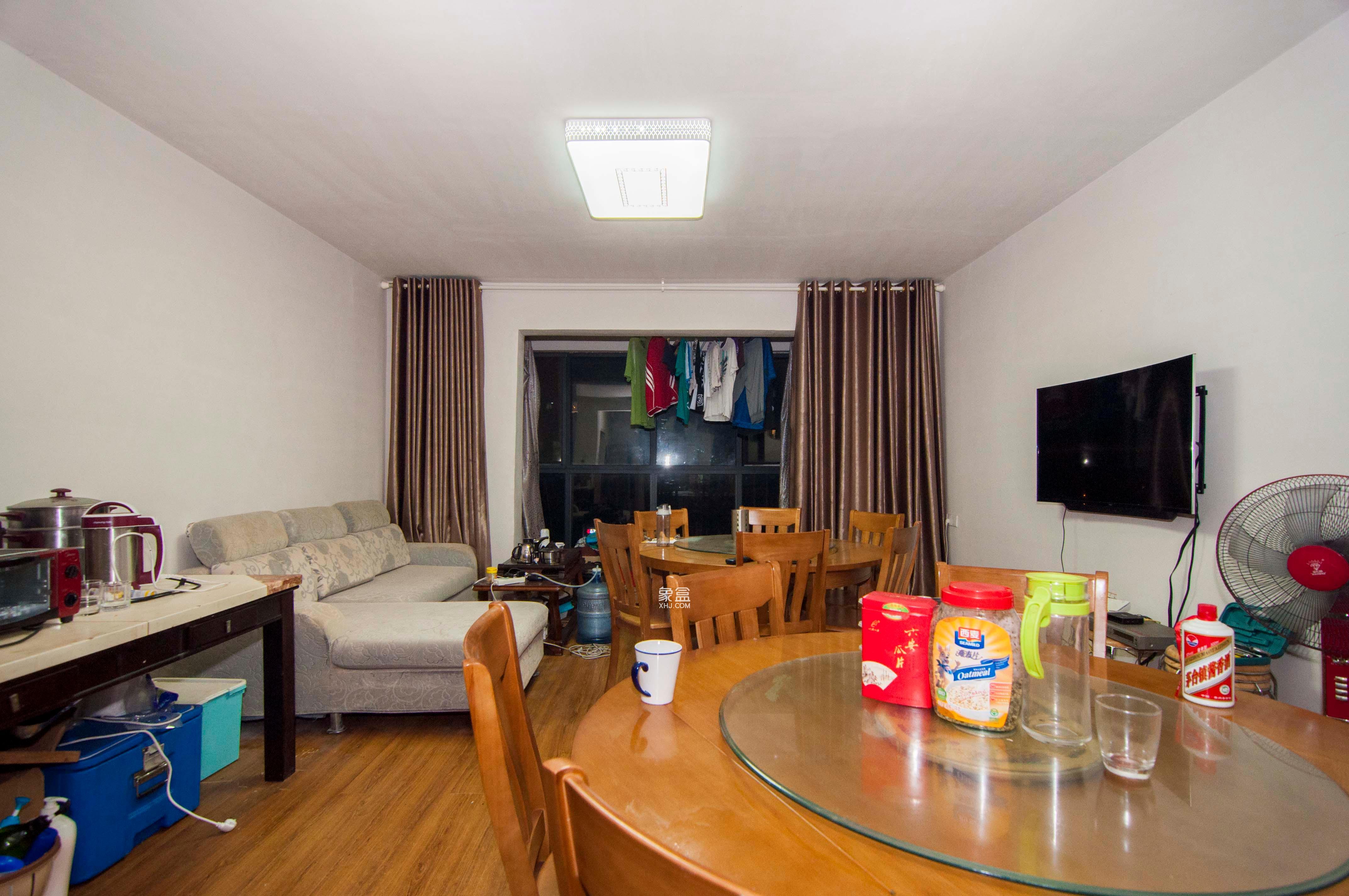 湘水熙园  4室2厅2卫    200.0万