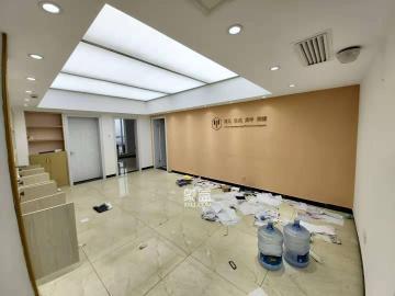 明城国际  2室2厅1卫    5200.0元/月