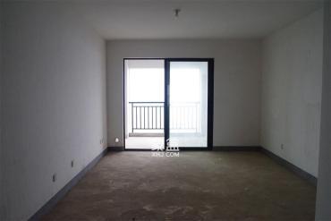 莱茵小镇  3室2厅2卫    82.8万