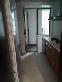 椰岛广场  3室2厅1卫    205.0万