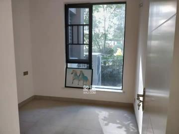 梅溪湖金茂悅(金悅雅苑)  4室2廳2衛    5000.0元/月