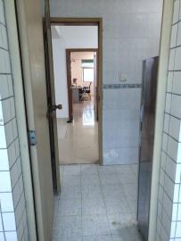 检查院宿舍  4室2厅2卫    4500.0元/月