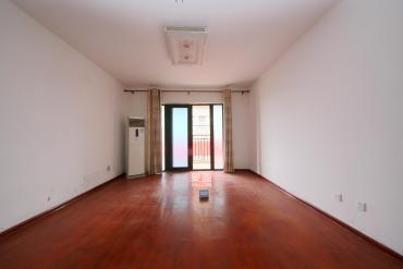 长房东郡(华城广场)  3室2厅2卫    143.0万