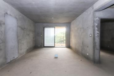 保利麓谷林語全新毛胚三房,110平,看房方便,歡迎聯系
