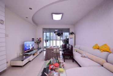 3號線地鐵口,居家精裝大3房,全屋暖氣,花園中央人車分流,正