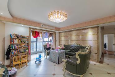 華潤鳳凰城二期  4室2廳2衛    170.0萬