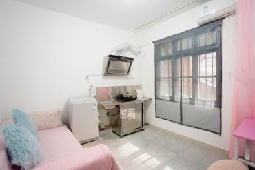 逸苑小區(農大教工宿舍)  1室1廳1衛    1600.0元/月