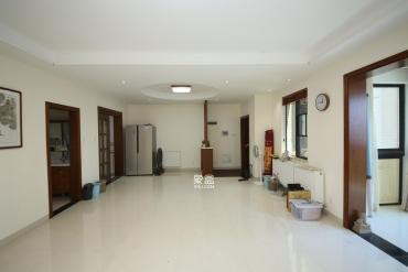 长房白沙湾  3室2厅2卫    205.0万
