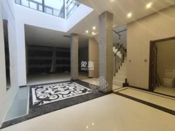 大华曲江公园世家三期  4室3厅1卫    720.0万