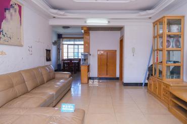 星沙農機局宿舍單位房  3室2廳1衛    65.8萬