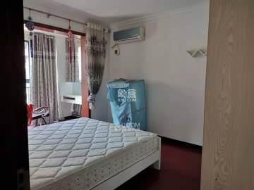 宏宇新城巴萨名门南区  2室2厅1卫    70.0万
