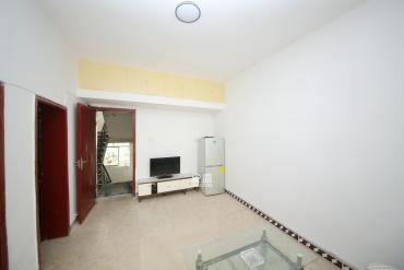 天心物業 楊家山精裝正規一室一廳 小區環境好 居家舒適帶**