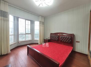 山水英伦  6室2厅3卫    8000.0元/月