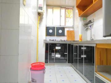 雄海花园  2室1厅1卫    2400.0元/月