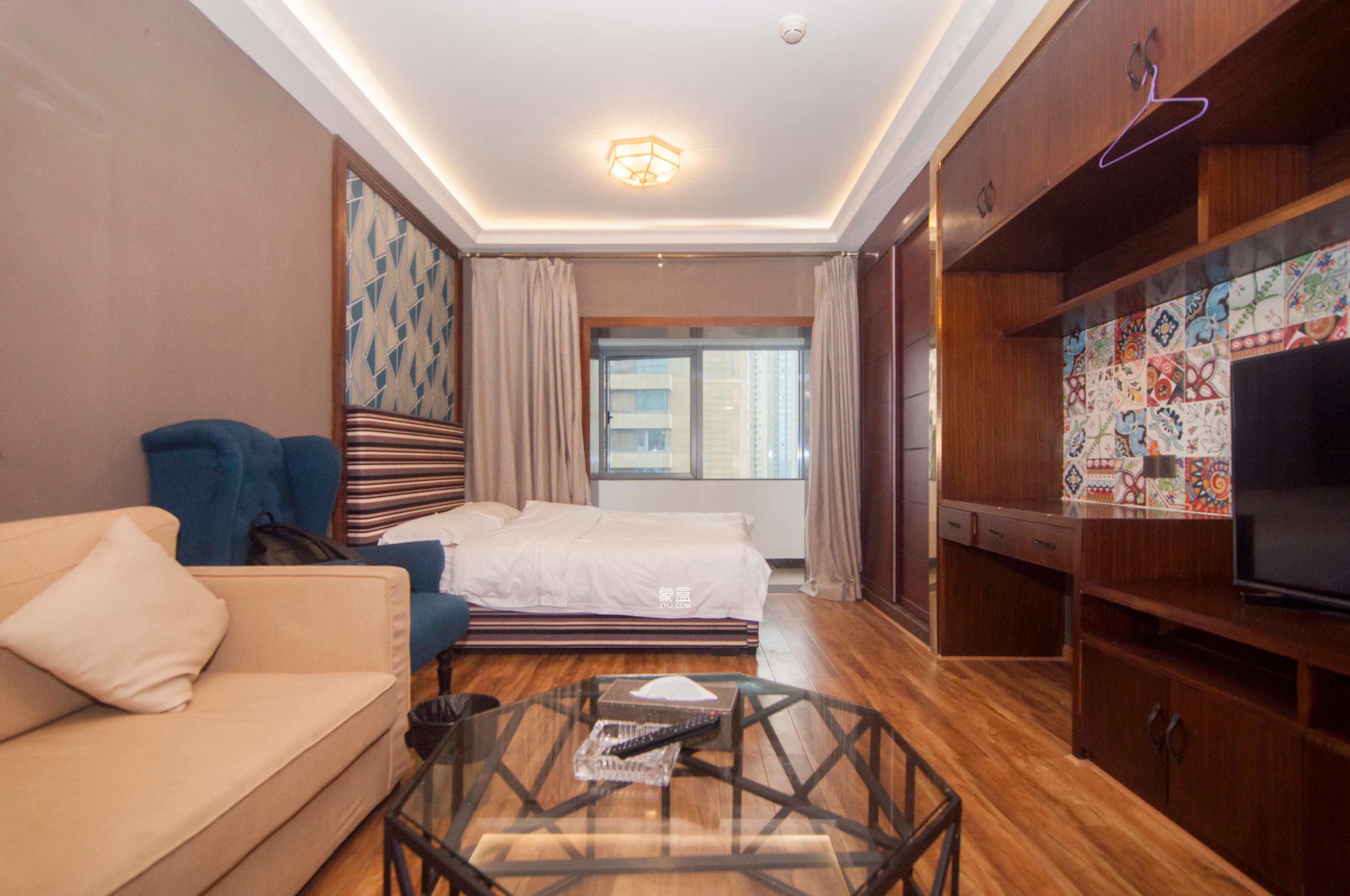 保利国际广场  1室1厅1卫    72.0万