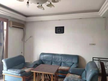 芷兰居  3室2厅2卫    1800.0元/月