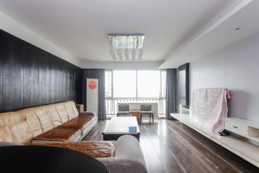 湘麓國際精致四房出售