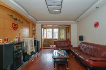 新天小区  2室1厅1卫    68.0万