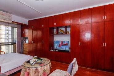翡翠華庭  3室2廳1衛    110.0萬